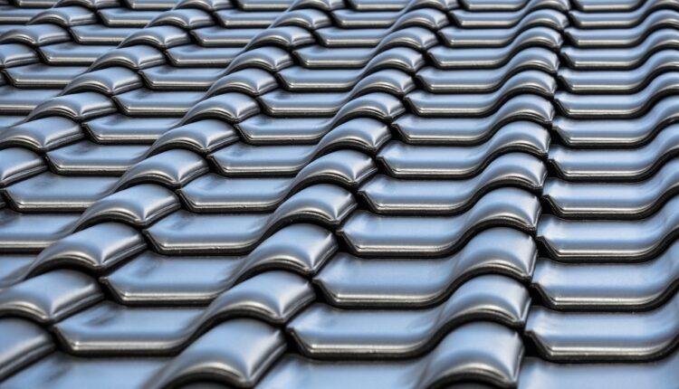 Applying Roof Tiles